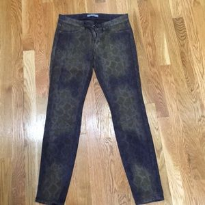 Coolest pattern and color jeans!